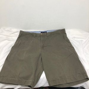 Tommy Hilfiger Size 38 Green Men's Shorts - A886